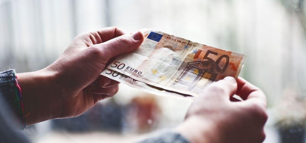 Comprar euro hoje mesmo? Conheça algumas dicas!